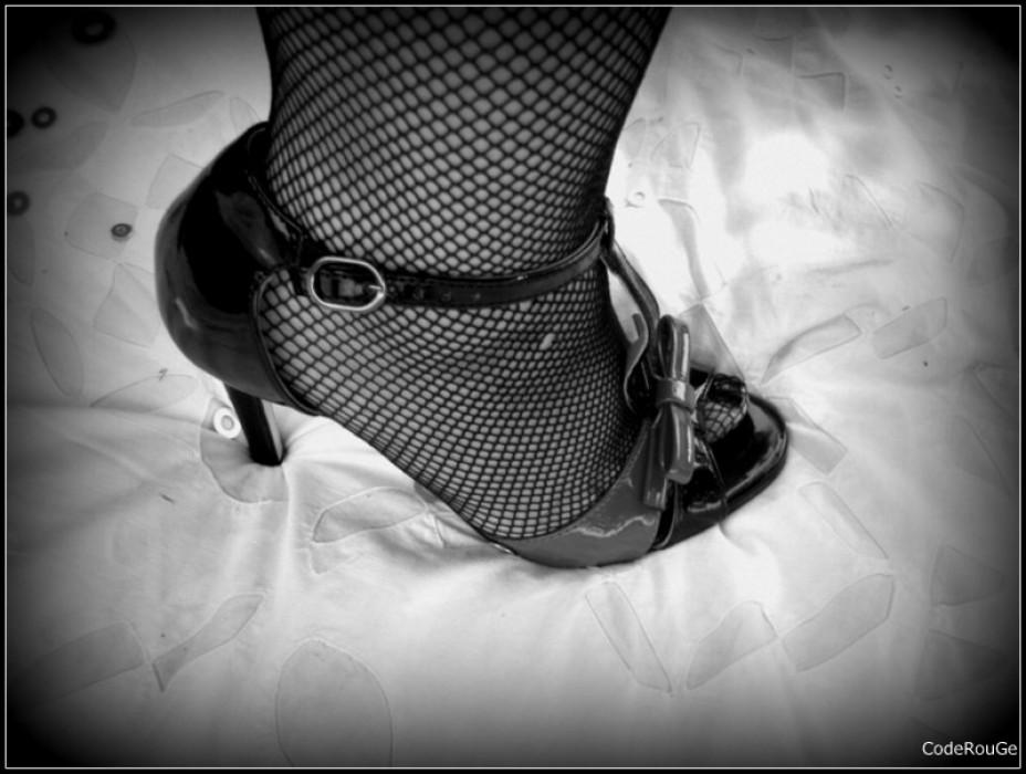 Bas résille et chaussures sexy
