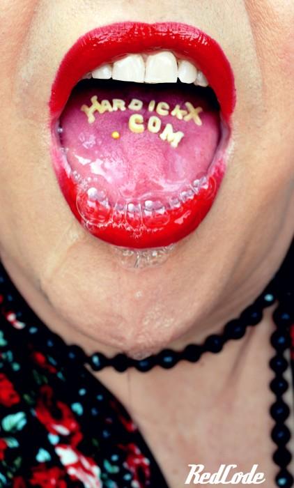 Ma grande bouche pour votre plus grand plaisir